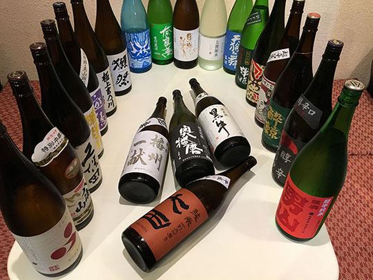 日本酒飲み比べ!セルフで飲み放題付きコース
